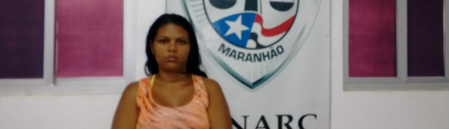 Senarc prende mulher suspeita por tráfico de drogas na Vila Kiola