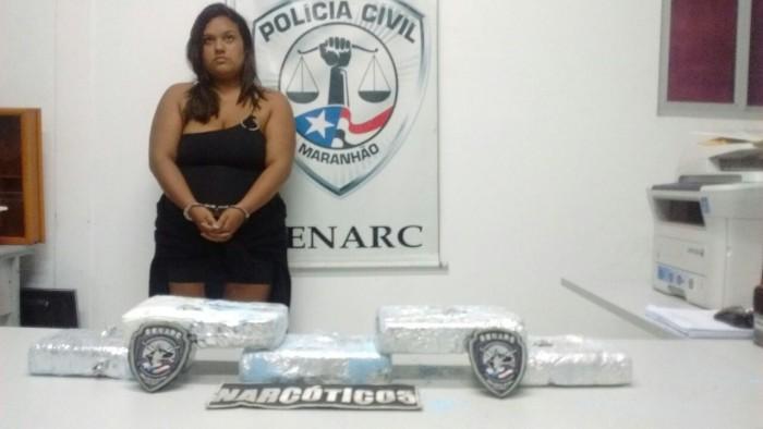 Polícia Civil prende mulher suspeita de transportar drogas em São Luís