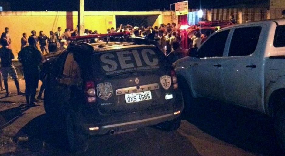 Polícia Civil detém cerca de 230 pessoas em chácara no Parque Vitória e apreende armas, crack, maconha e bebidas alcoólicas