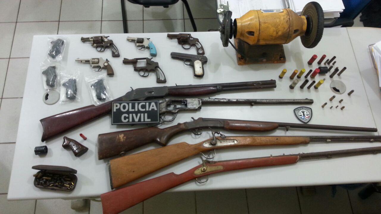 Operações da Polícia Civil retiraram de circulação armas de fogo em Bacabal e entorpecentes em São Luiz Gonzaga