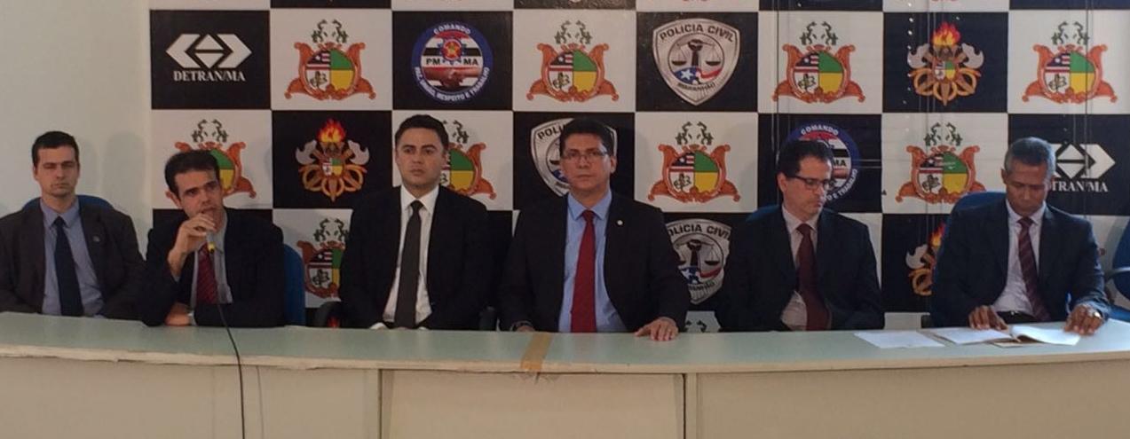 Ex-prefeita de Dom Pedro e outros presos são apresentados na Secretaria de Segurança