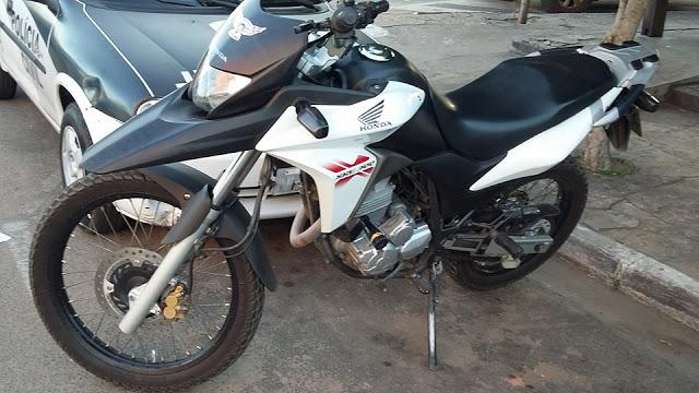Polícias Civil e Militar prendem assaltantes com motocicletas roubadas