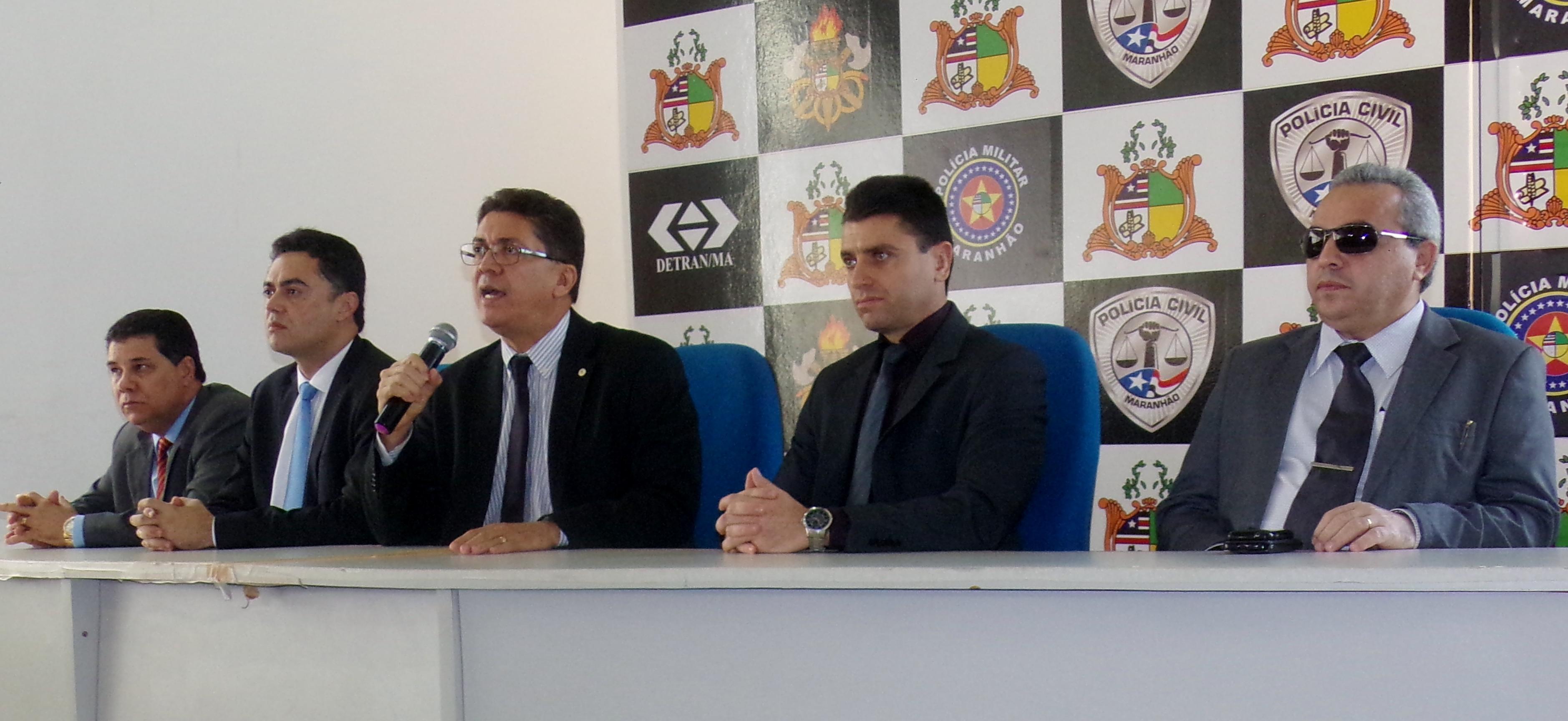 Pecuarista acusado de ameaças e agiotagem é apresentado na Secretaria de Segurança