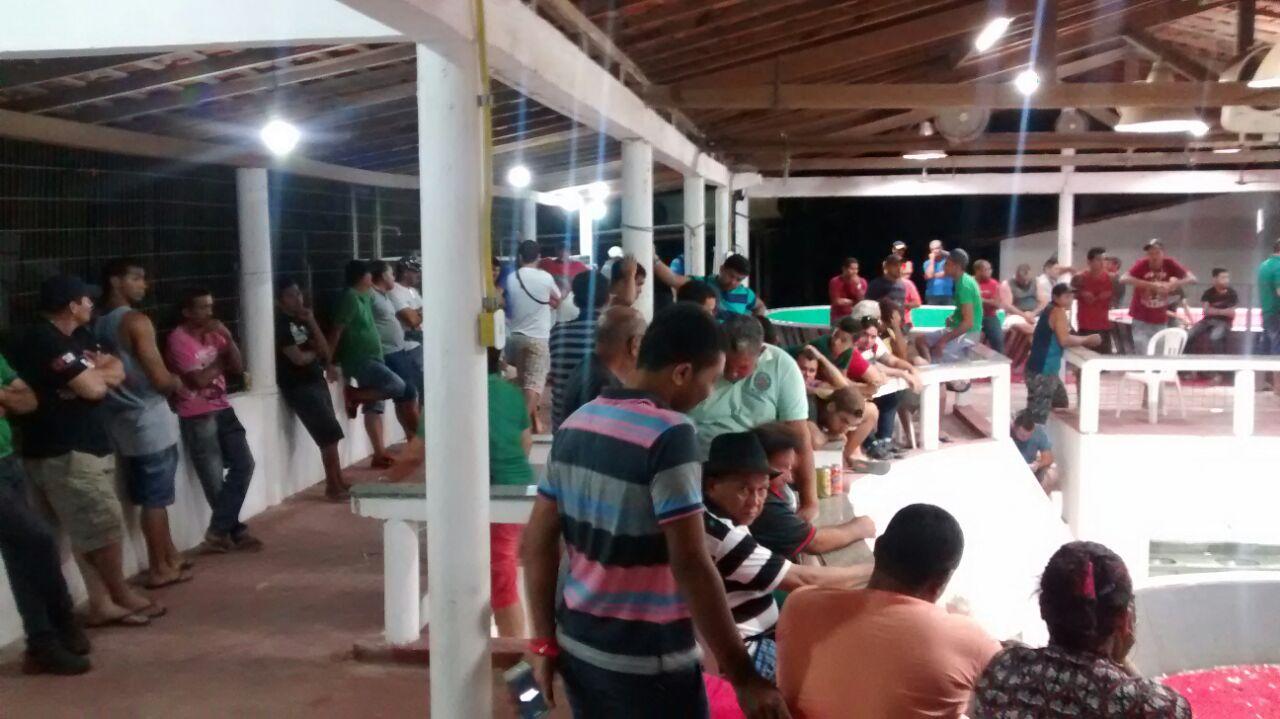 "Polícia Civil desarticula ""Rinha de Galo"" no Araçagy"