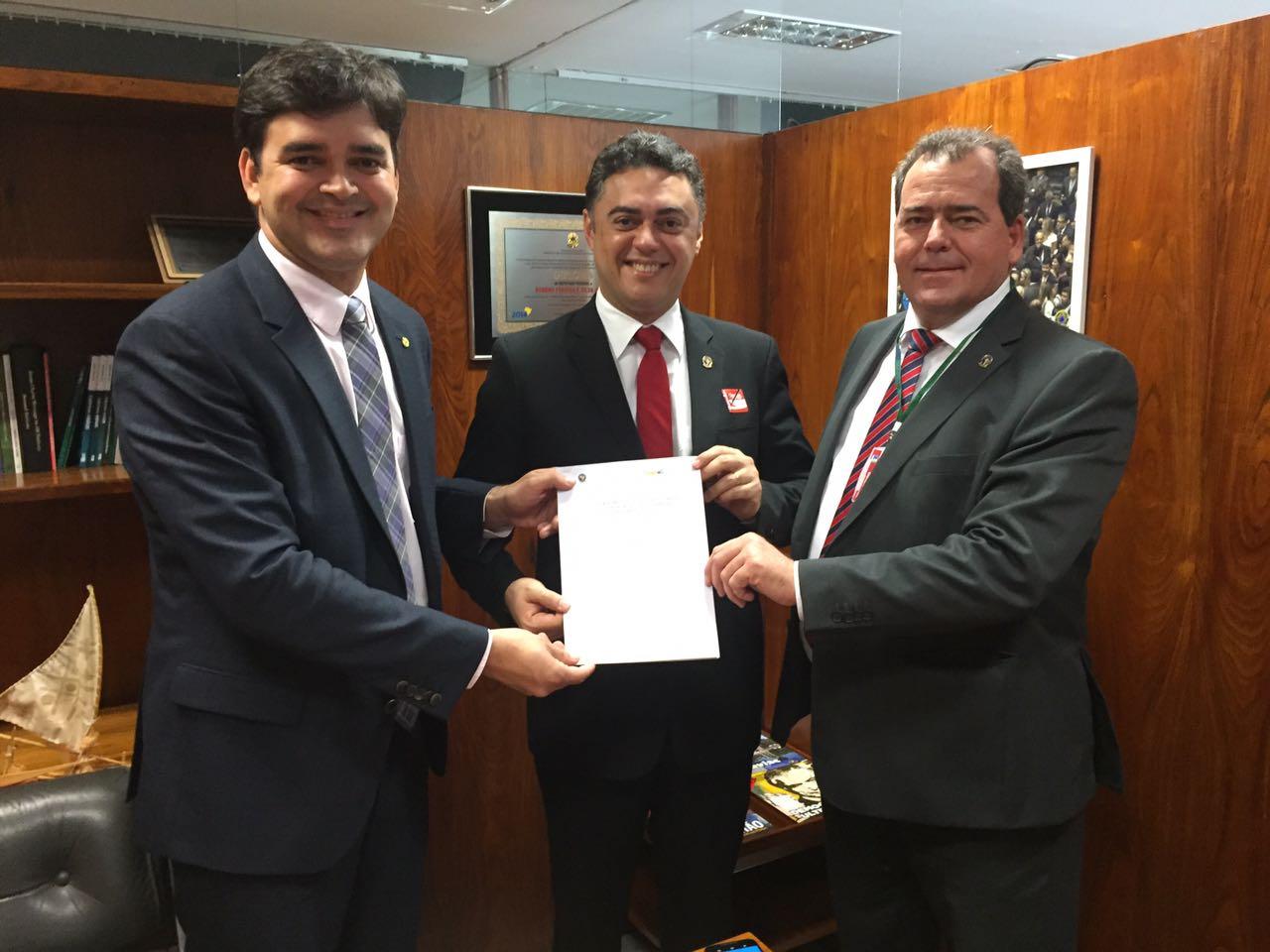Delegado Geral e Presidente da ADEPOL lutam pela exclusão de Policiais Civis na Reforma da Previdência