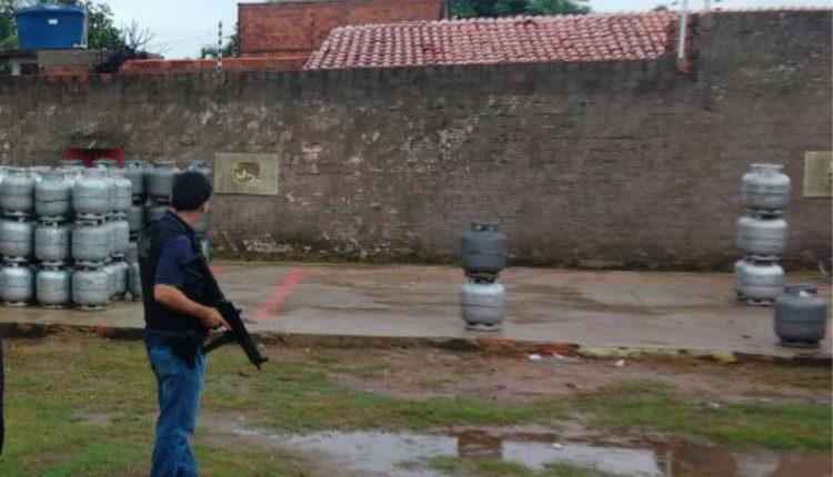 POLÍCIA CIVIL E O MINISTÉRIO PÚBLICO REALIZAM OPERAÇÃO NA CAPITAL, RESULTANDO NA APREENSÃO DE 150 BOTIJÕES DE GÁS