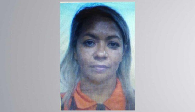 """Suspeita de ser a """"primeira-dama """"do tráfico de drogas em Água Doce do Maranhão é presa pela Polícia Civil"""