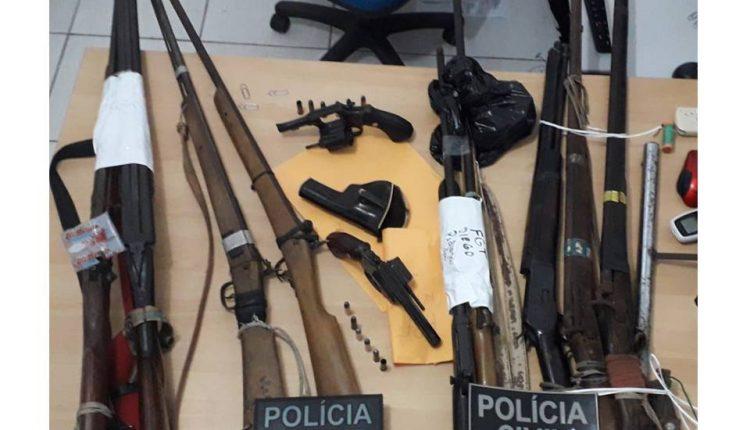 EM SANTA QUITÉRIA, OITO PESSOAS SÃO PRESAS PELAS FORÇAS DE SEGURANÇA POR ORGANIZAÇÃO CRIMINOSA