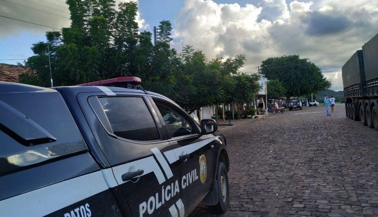POLÍCIA CIVIL REALIZA AÇÃO PARA FAZER CUMPRIR DECRETO DE COMBATE AO CORONAVÍRUS
