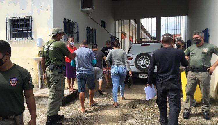 POLÍCIA CIVIL DEFLAGRA OPERAÇÃO E PRENDE 4 SERVIDORES DO DETRAN-MA E 1 DESPACHANTE EM CHAPADINHA (MA)