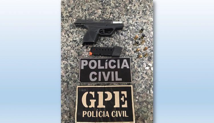 POLÍCIA CIVIL RECUPERA PISTOLA ROUBADA DE DELEGADO DO PIAUÍ E PRENDE MEMBRO DE FACÇÃO CRIMINOSA