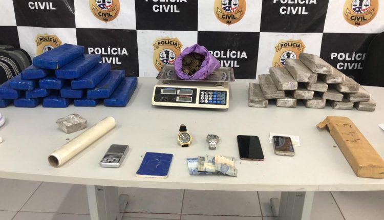 POLÍCIA CIVIL REALIZA APREENSÃO DE 35KG DE MACONHA E EFETUA PRISÃO EM FLAGRANTE DE TRAFICANTE DE DROGAS NO ALTO DO TURU.